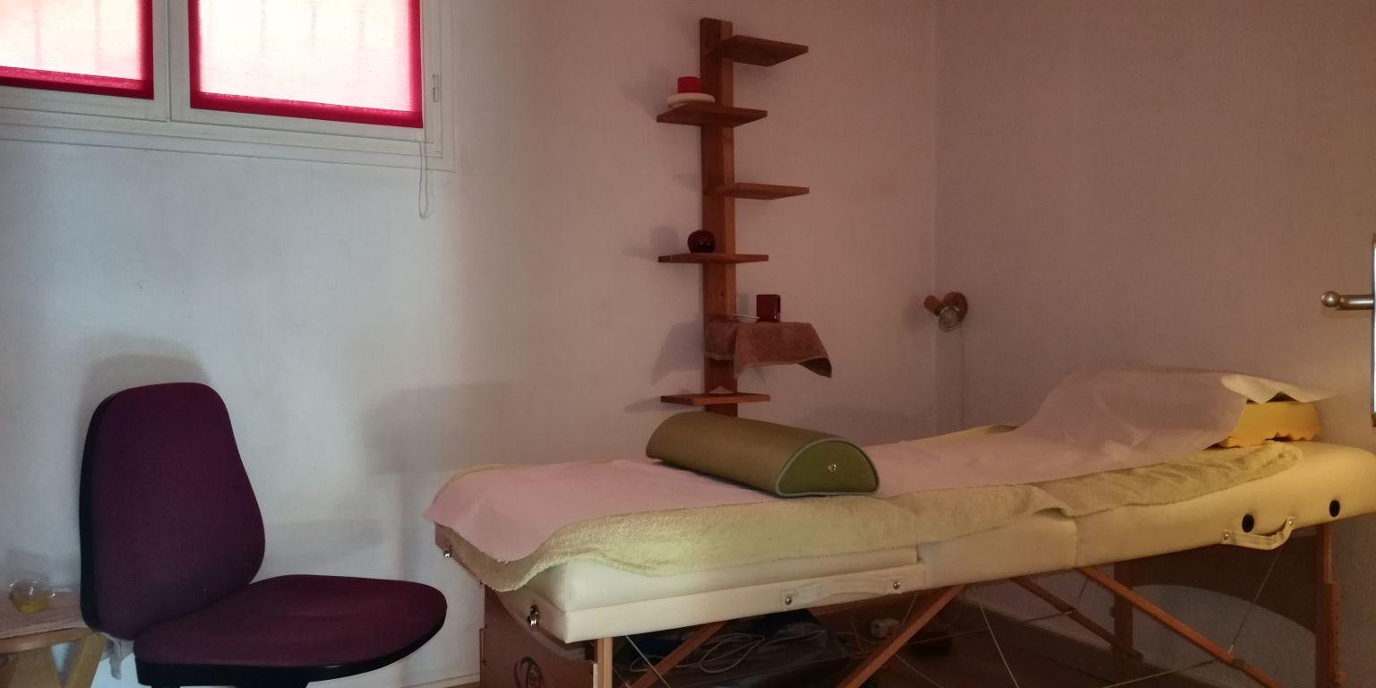 Le cabinet - salle de massage 2